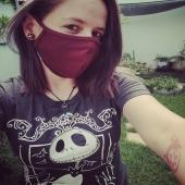 As máscaras bordô edição limitada que enviamos de brinde nos pedidos dia destes começaram a chegar :) Muito obrigado @milerio_jess pela confiança na punkstein 👊🏼 . . . #mascara #mask #camisetas #jackskellington